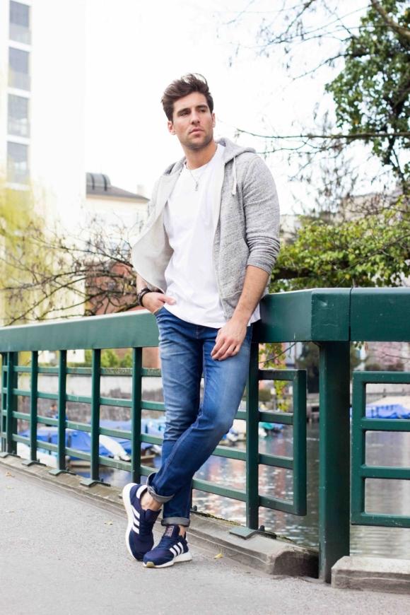 Schuhe: Adidas Originals