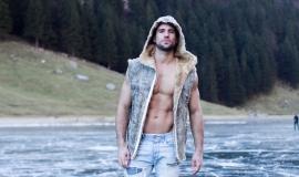 Outfit: Branko B, Zurich
